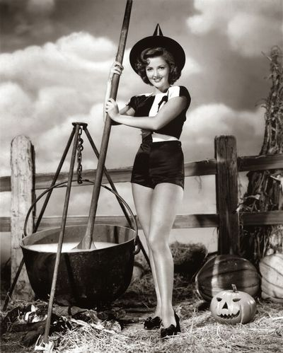 witch Martha Vickers, witch (blog)