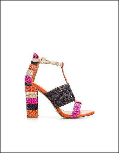 Sandales-hauts-talons-Zara-collection-printemps-e-copie-5.jpg