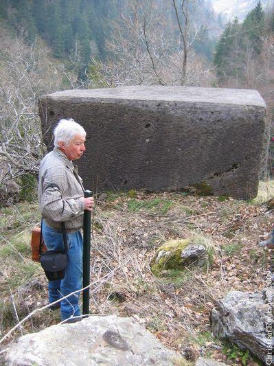 2009-04-05-Pont de pierre et carrière (6)