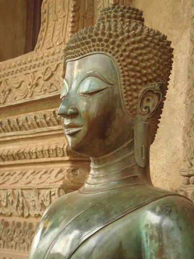 Laos sculpture bouddha