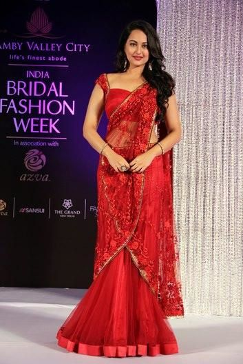 Sonakshi-Sinha-at-India-Bridal-Fashion-Week.jpg