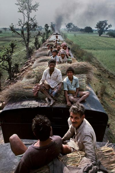 Trains-Steve-McCurry3-640x960.jpg