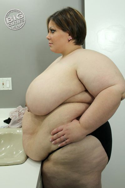 SSBBW---Big-Belly-011.jpg
