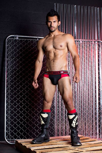 jose-parra-for-cellblock13-31.jpg
