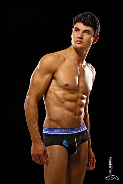 ronaldo-gutierrez-for-briefs-21.jpg