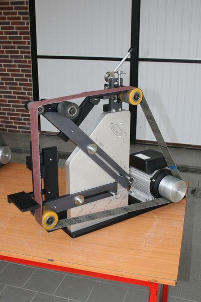 http://img.over-blog.com/400x600/1/79/08/02/Materiel/Backstands-ENSP0008.JPG