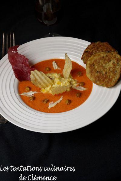 gaspacho-de-poivron-cumin--oeufs-brouilles-au-chevre--gal.jpg