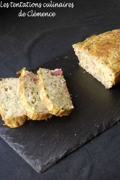 cake-courgette--bacon-et-menthe.jpg
