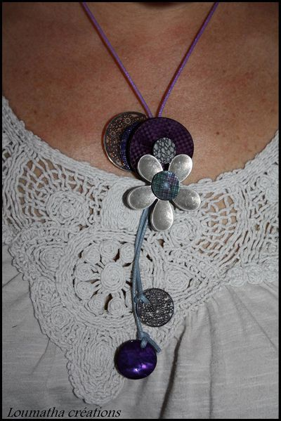 collier-boutons2.jpg