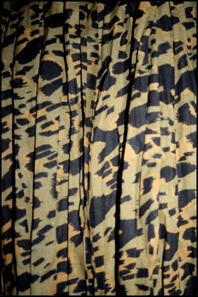 echarpe-Leopard-Pimkie-Kaki-.jpg