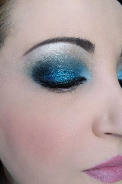 makeup-totally-blue 3210