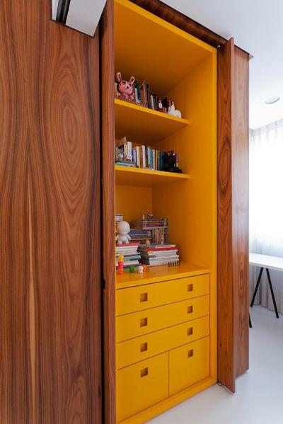 Leandro-Garcia-Ahu-61-Apartment-7-cabinet-600x899
