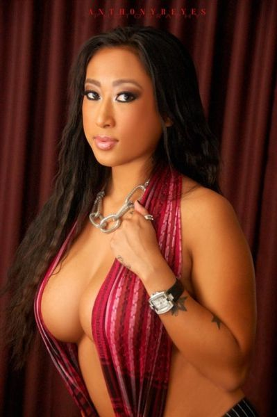 christine_ly_aka_cali_cali_red_1_b124I3J.sized.jpg