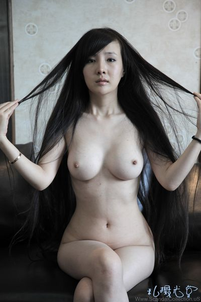 Gan-Lulu-Nude-Photo_www.ScandalCollection.US-147.JPG