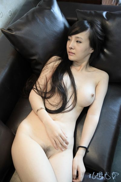 thumbs_Gan-Lulu-Nude-Photo_www.ScandalCollection.US-151.JPG