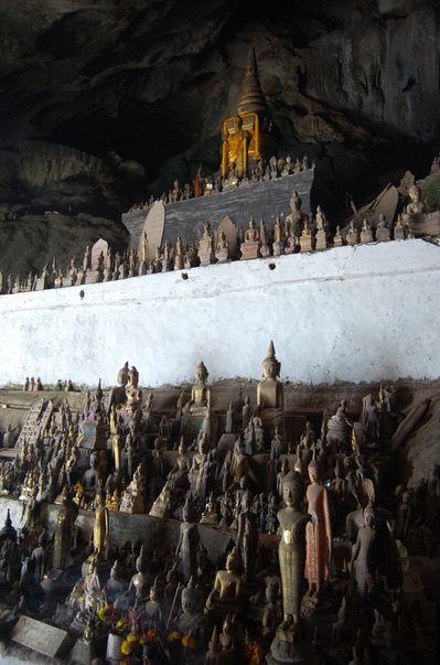 Laos grotte de pak ou Tham Ting (4)