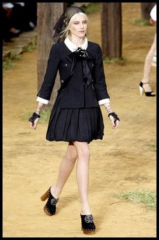 Defile-Chanel-Printemps--ete-2010.jpg