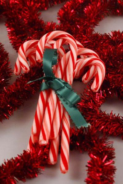 candy-cane-bouquet-sonja-anderson