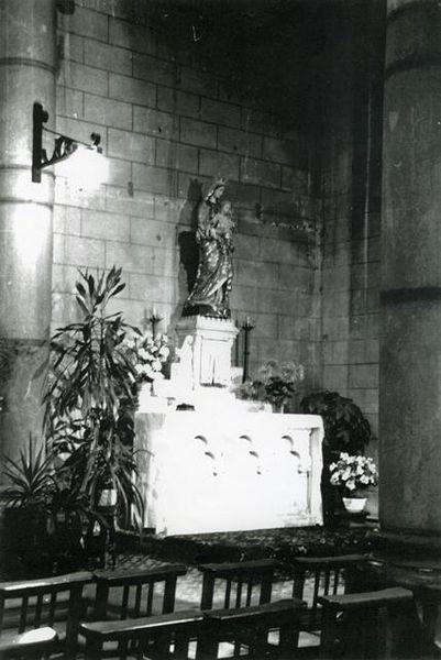 Autel-Vierge-Marie--Forges.jpg