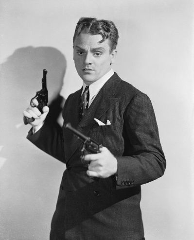 james-cagney-with-revolvers.jpg