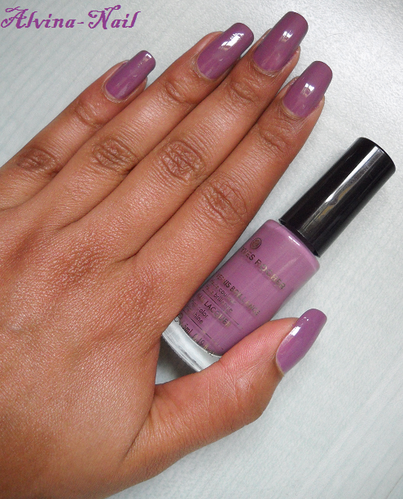 yves-rocher-mauve-poudre-23-6-Alvina-Nail.png