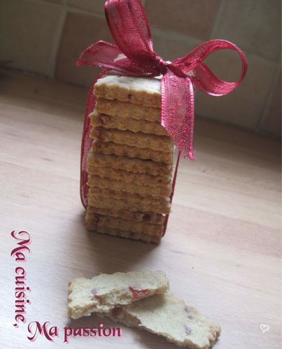 Biscuit-fraise-cannelle.jpg