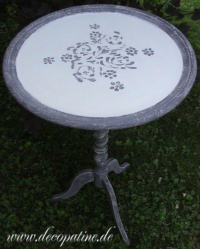 Beistelltisch Antik Tisch Patina Schwarz Rund Möb-Kopie-1