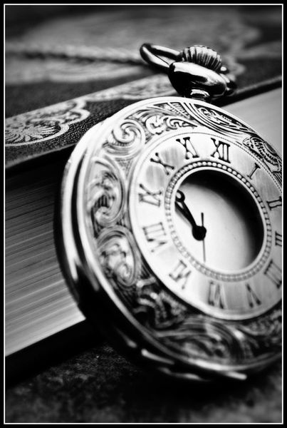 book_of_time_by_theceri-d3lf3u6.jpg