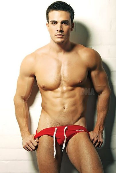 philip-fusco-by-simon-le-21.jpg