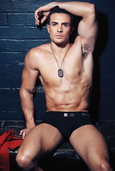 philip-fusco-by-simon-le-31.jpg