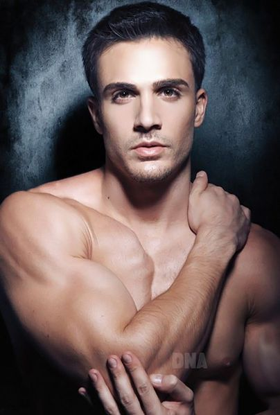 philip-fusco-by-simon-le-51.jpg