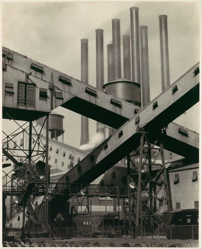 Criss-Crossed-Conveyors--River-Rouge-Plant--Ford-Motor-Comp.jpg