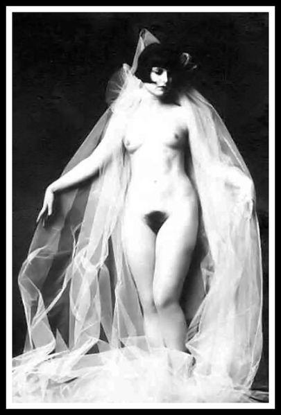 LOUISE BROOKS - Nude - 1929