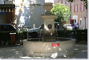 greasque-fontaine.jpg