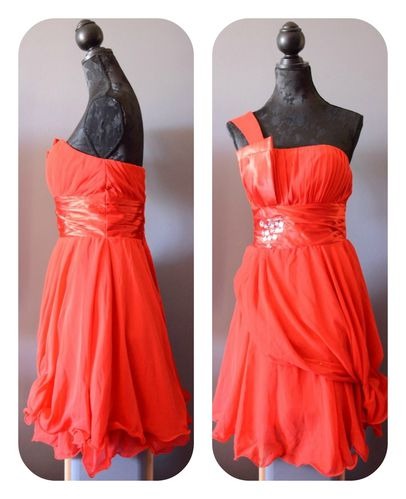Modification robe rouge