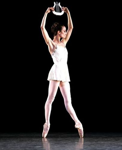 ApolloBalanchine-by-Juliette-Kent.jpg