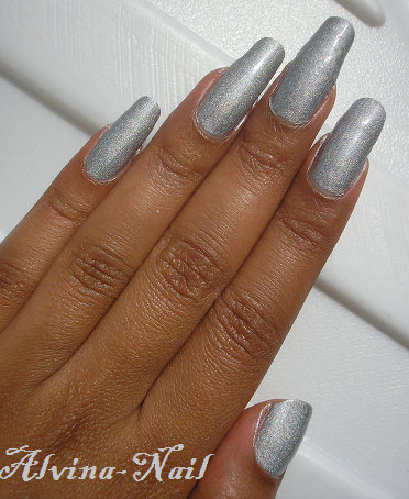 Color-club3---worth-the-risque--Alvina-Nail.png