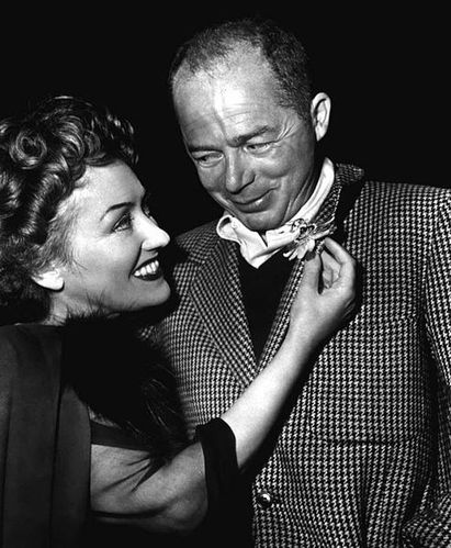 493px-Gloria Swanson & Billy Wilder - ca. 1950