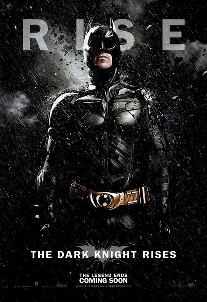 The-Dark-Knight-Rises-Affiche-Batman-Snow-2.jpg