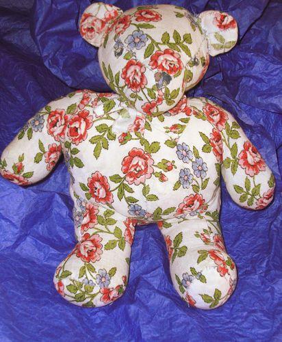 doudou-ours-tissu-fleurs