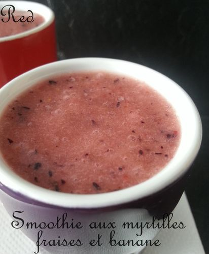 smoothie-aux-myrtilles--fraises--banane2.jpg