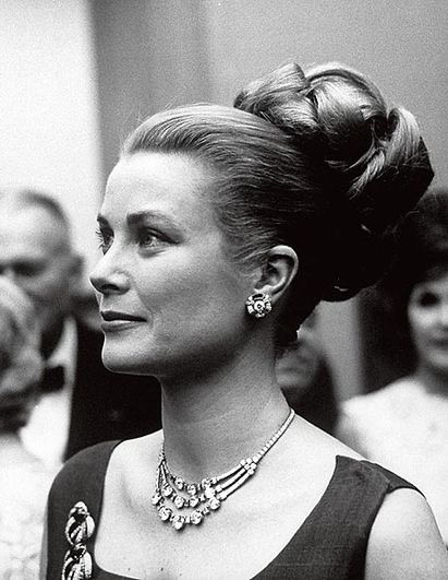 grace-kelly-cartier01a.jpg