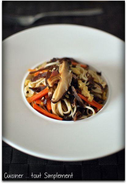 Nouilles chinoises aux deux champignons cuisiner tout - Cuisiner le patisson marmiton ...