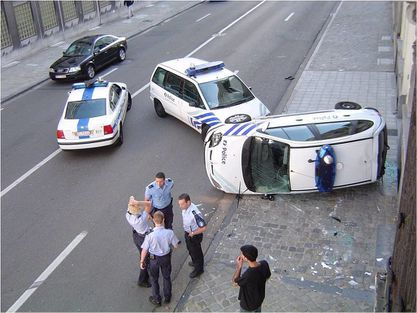 policiere-belge-et-blonde.jpg