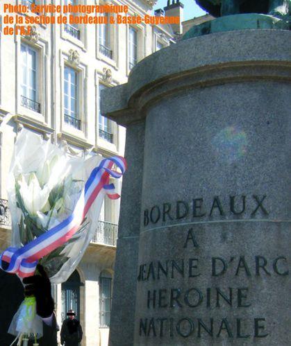 11-05 Gerbe Bordeaux