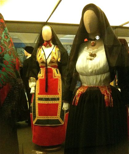 sardaigne-costume-4.jpg