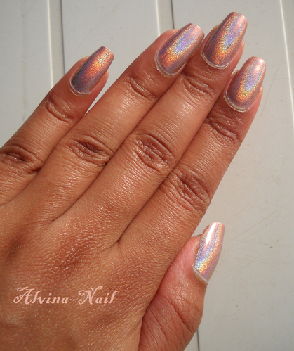 perfect-holo-H6-3-Alvina-Nail.png