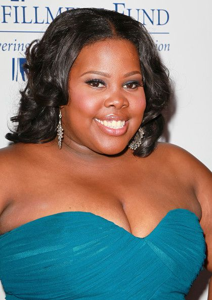 Amber-Riley-Makeup-False-Eyelashes-5ucxw6mWaJ8l.jpg