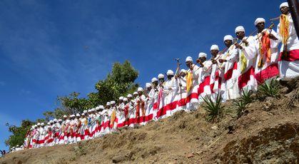 272 LALIBELA Procession