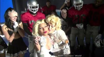 Video: Madonna kissing Nicki Minaj on ''Give Me All Your Luvin' '' video set